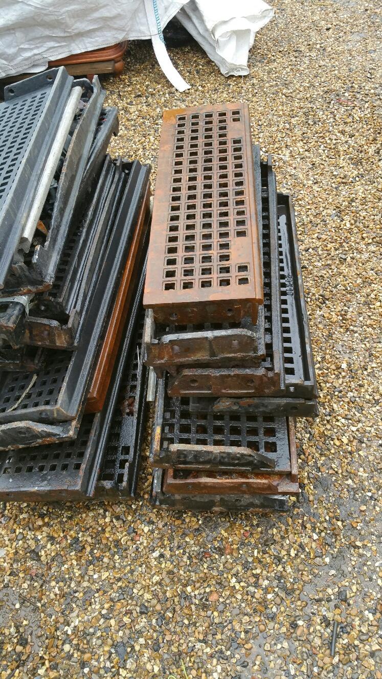 Plain Cast Iron Stair Treads