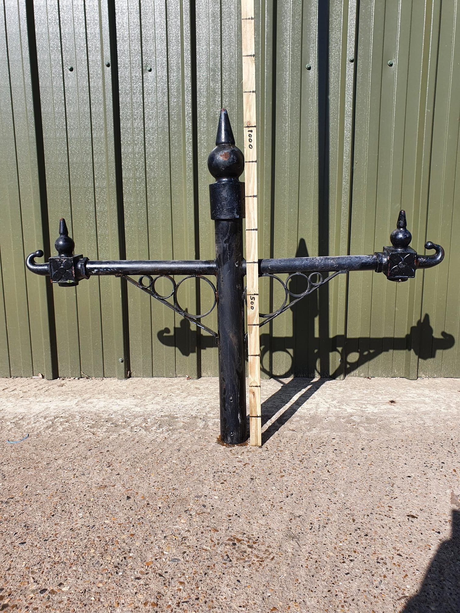 Steel Double Arm Bracket