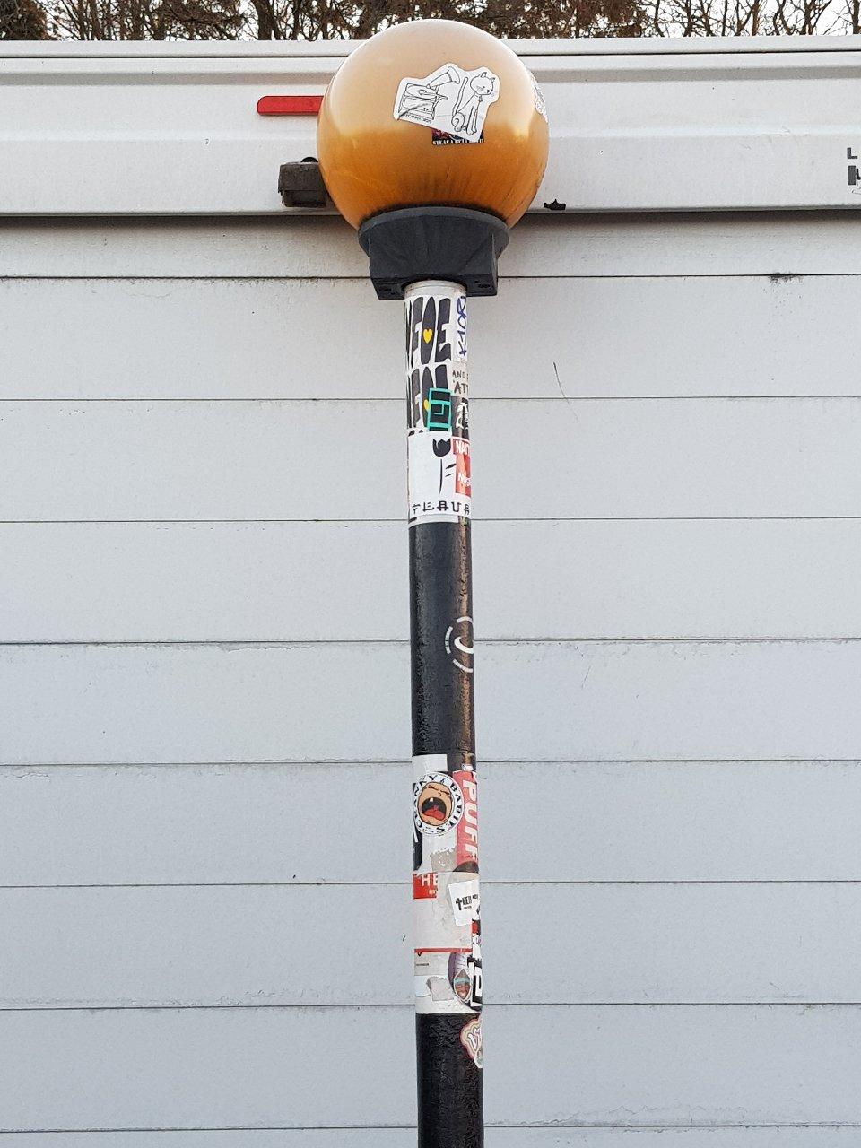 Abbey Rd (The Beatles) Pedestrian Post