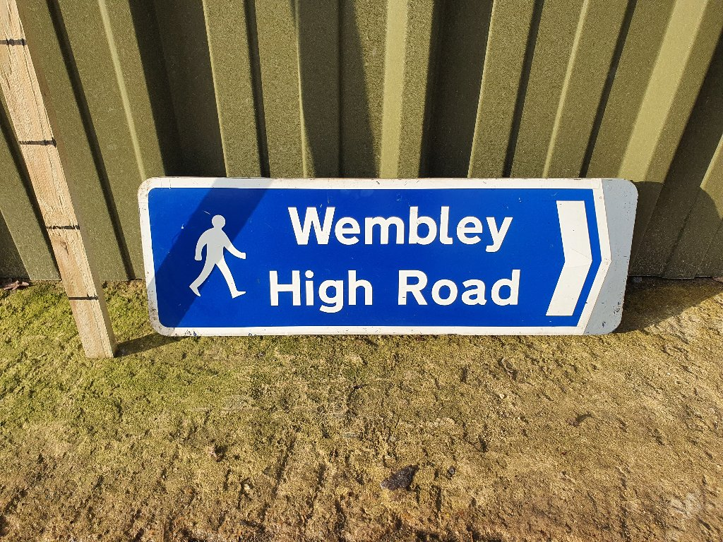 Sign – Wembley High Rd
