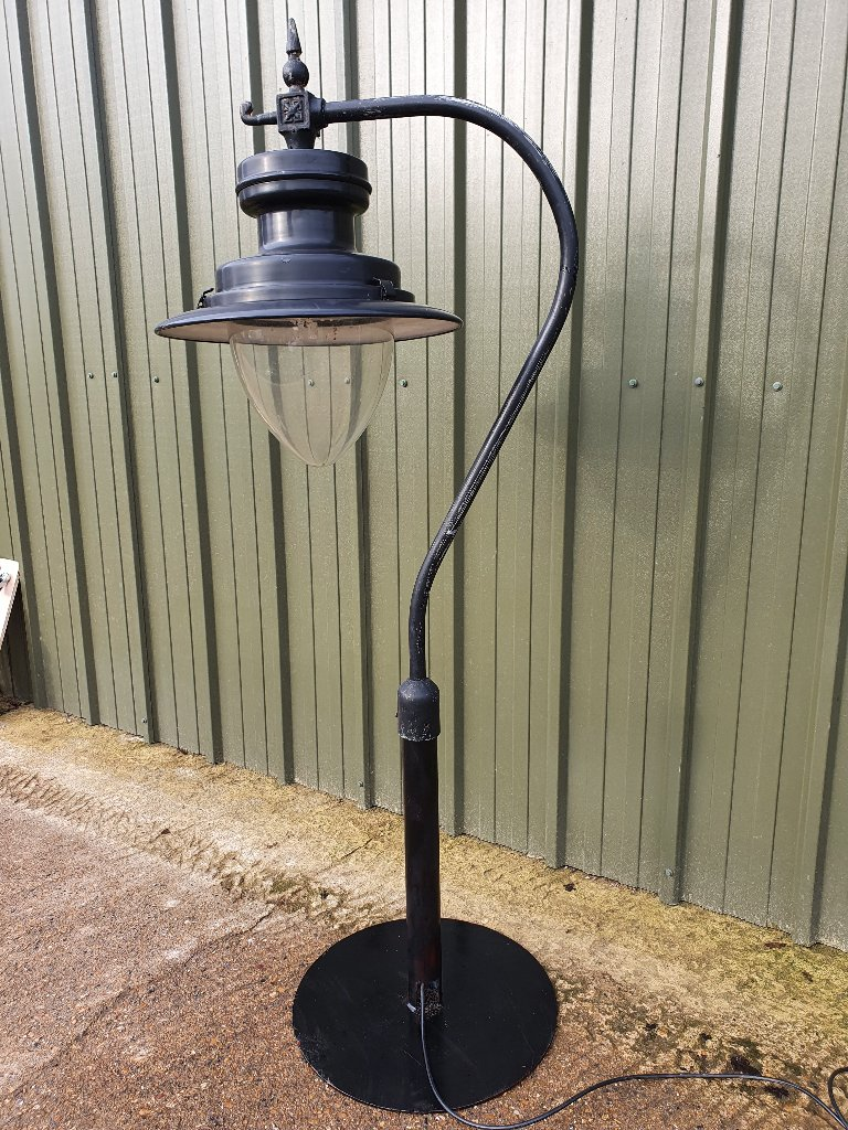 DW Windsor Strand Black Painted Up Cycled On Swan Neck