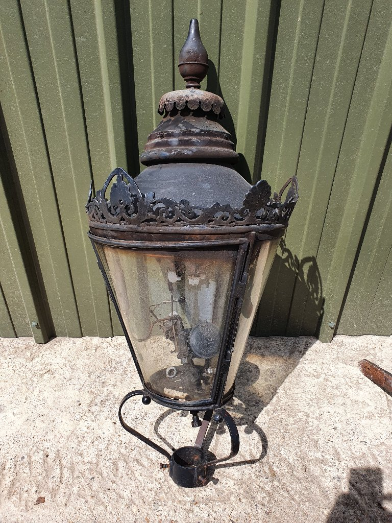 Rare Westminster Round Glass Gas Lamp