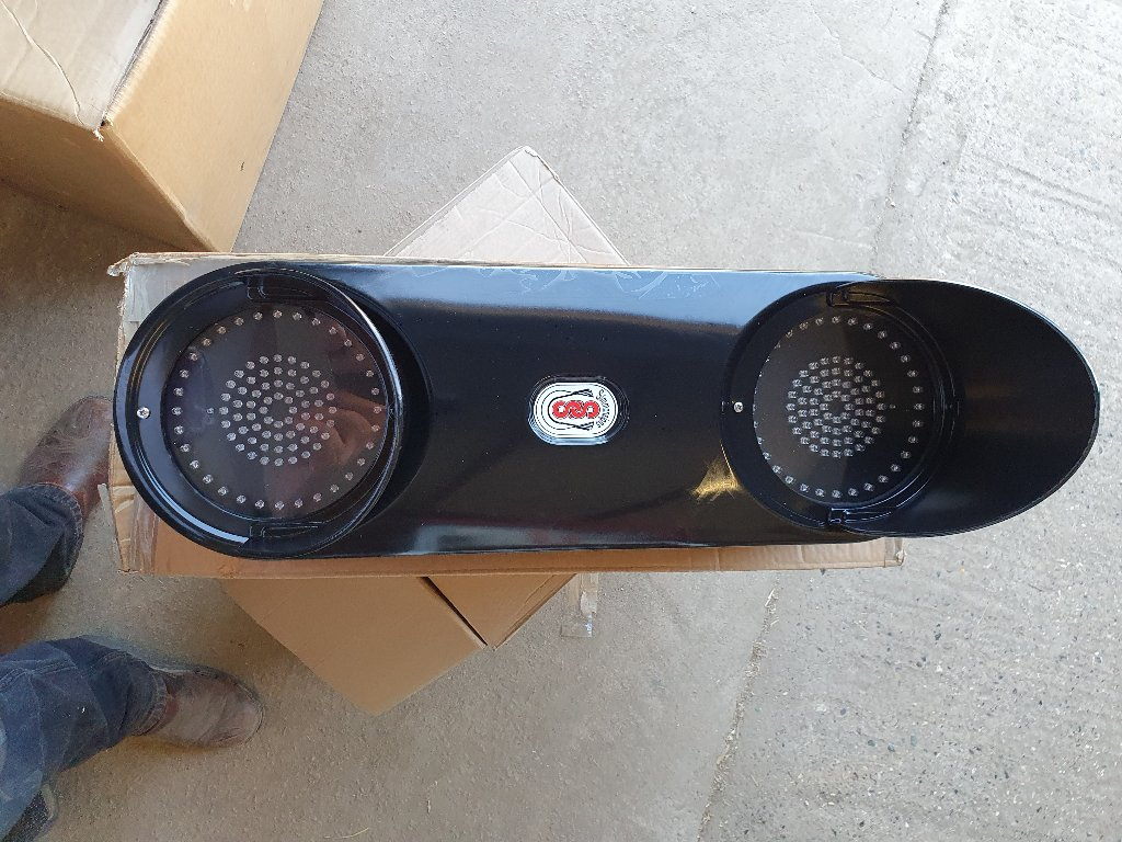 Simmonsigns Pulsa LED School Crossing Signal
