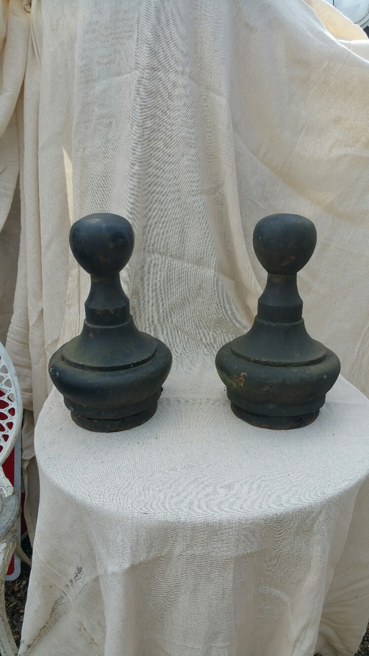 Finials – Large Cast Iron Round Top