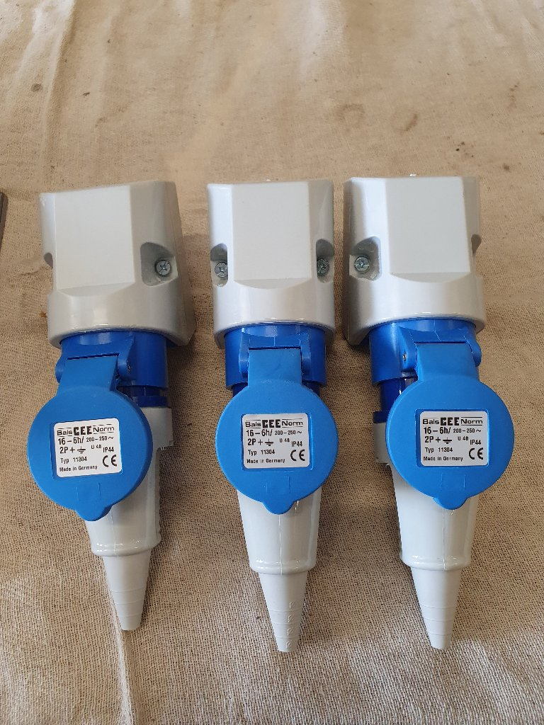 Commando Sockets Plugs Various Types
