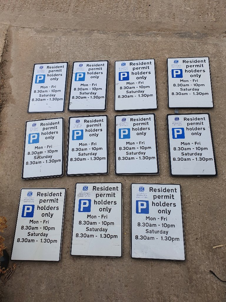 Parking Signs – SKU A343