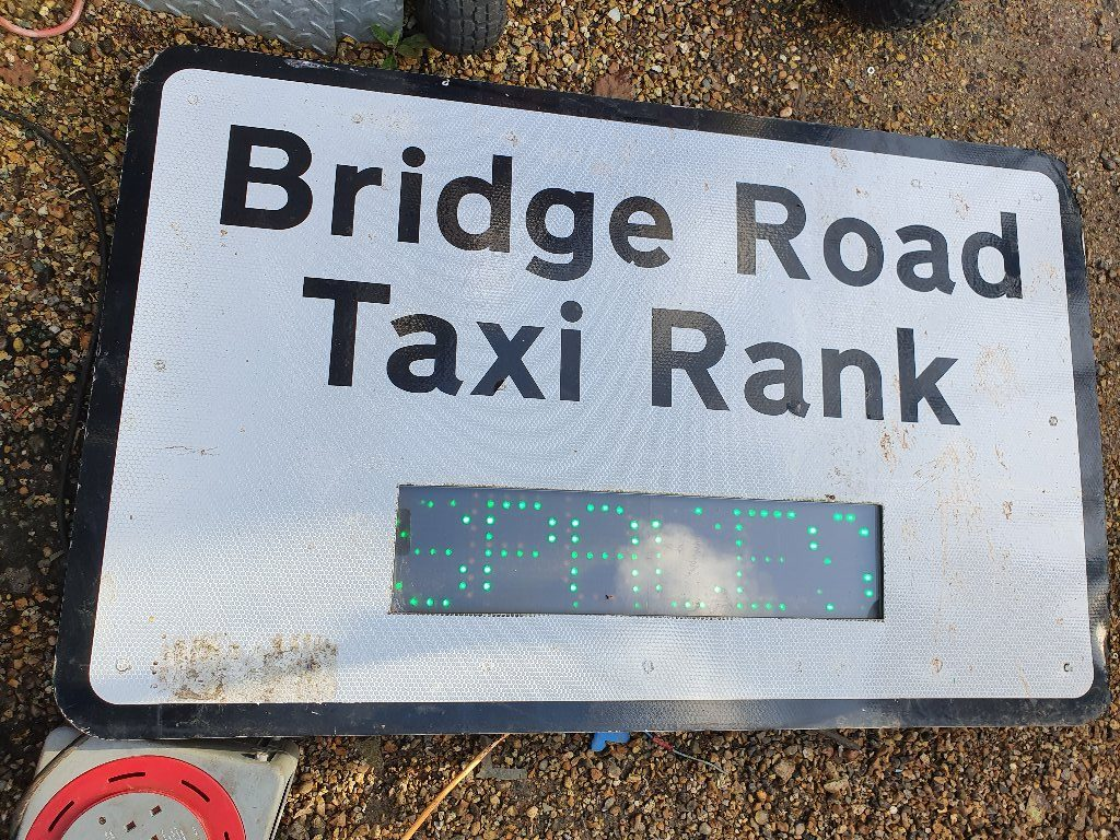 Taxi Rank Sign – Led Spaces