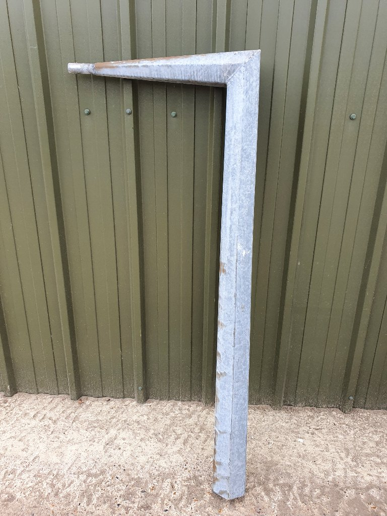 "Galvanised Steel Conversion Light Bracket ""Long Arm"" For Concrete Posts"