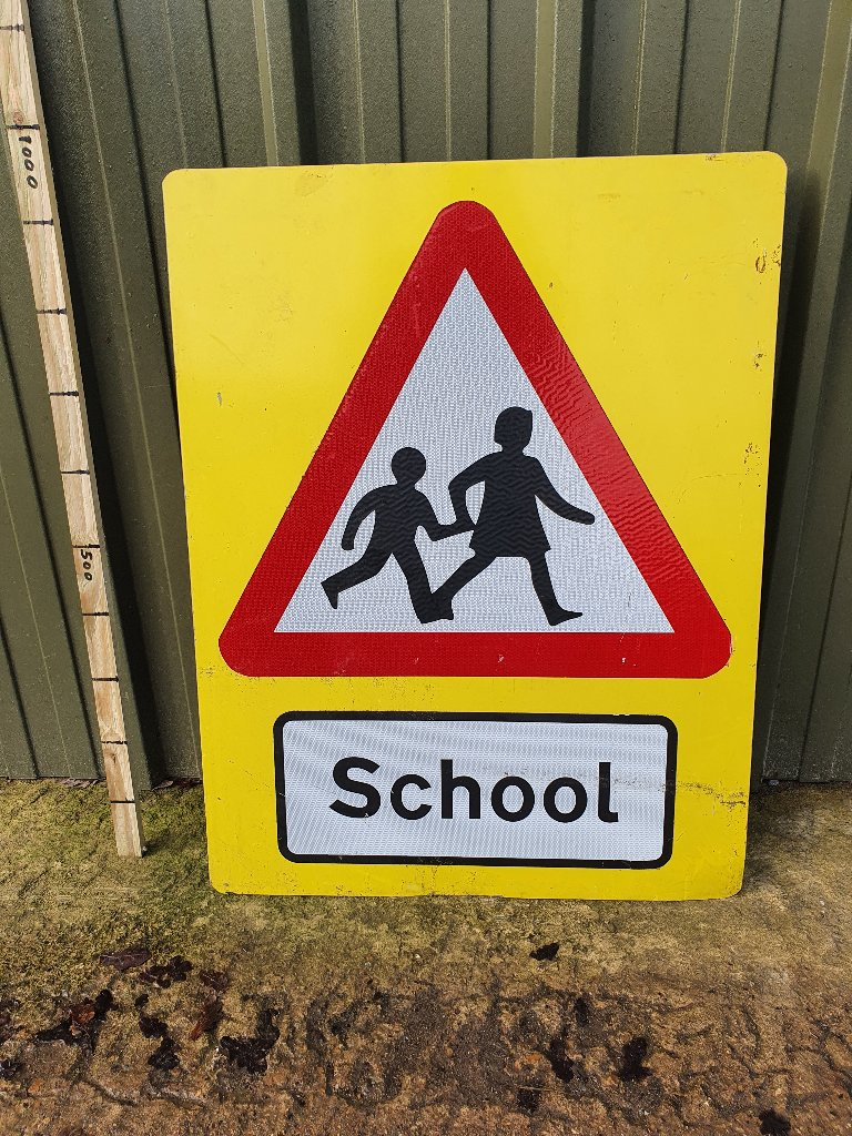 Sign – Yellow Back School