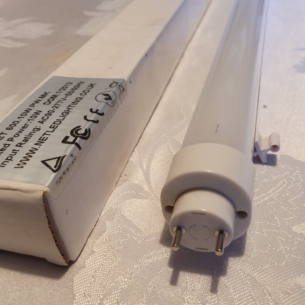 Lamp – NET T8 LED Tube