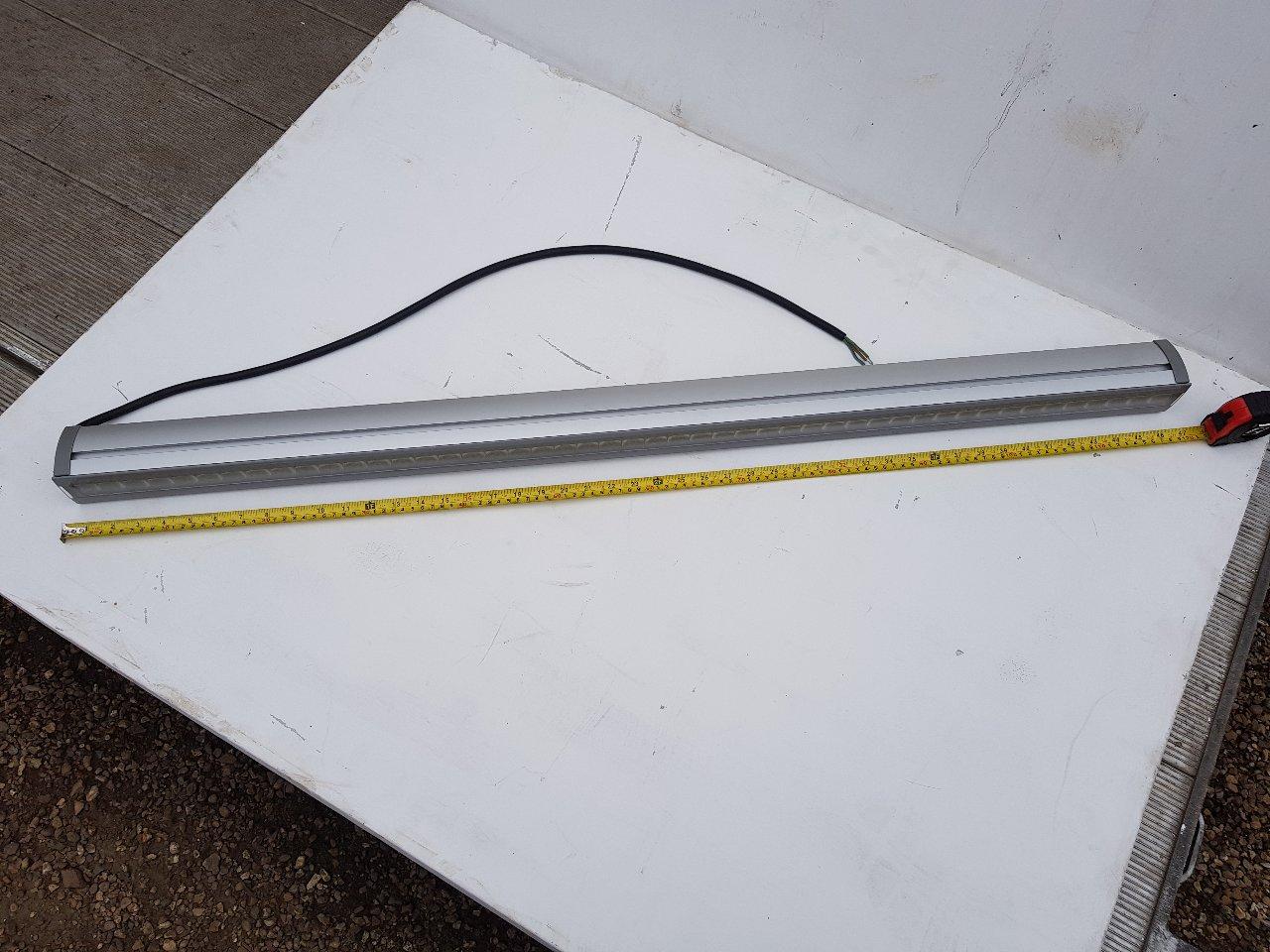 Phillips White  In Line LED Lights 1200 Mm Long