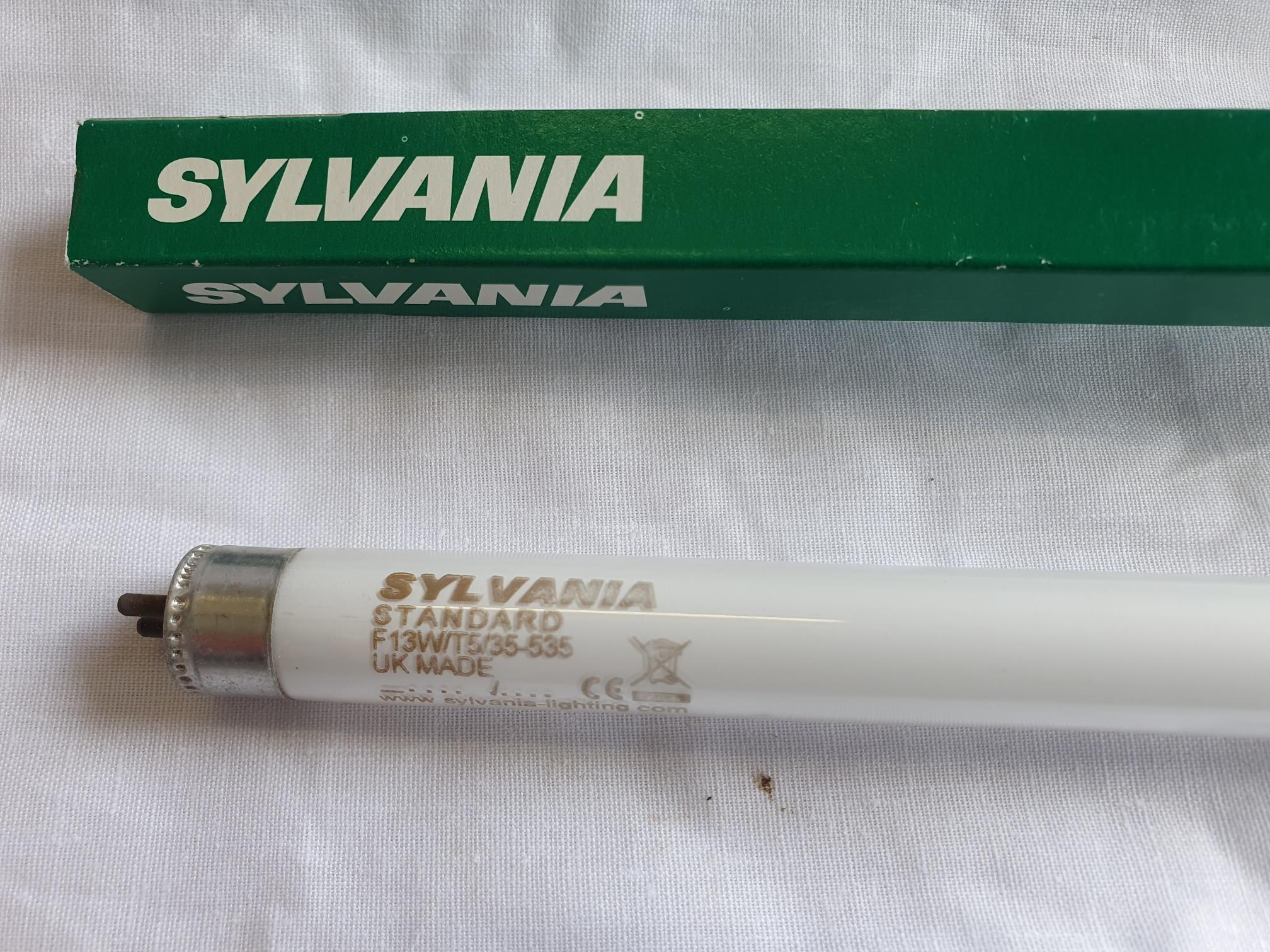 Sylvania Flourescent Tubes F13W W T5 Standard 525 Mm Long